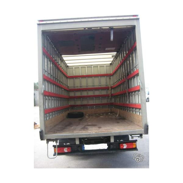 camion nissan cabstar fourgon 20m3